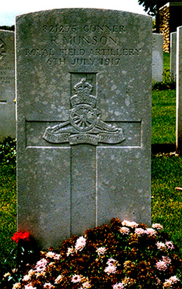 Robert Munson, Templeux-le-Guerard British Cemetery, Somme, France